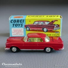 corgi toys mercedes benz 220 se coupe die cast vintage collectors model