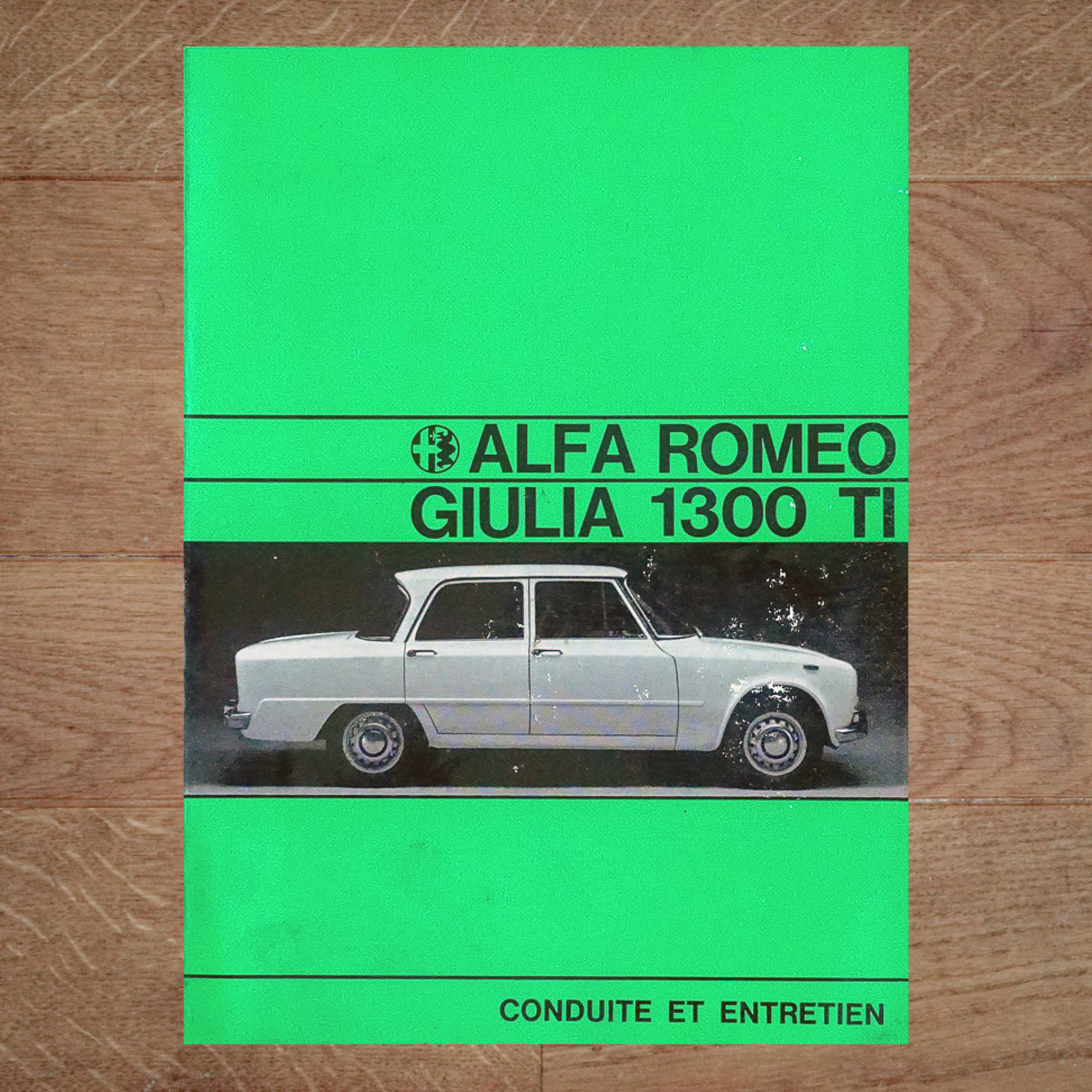 Vintage Original Alfa Romeo Giulia 1300 TI User Manual, 4