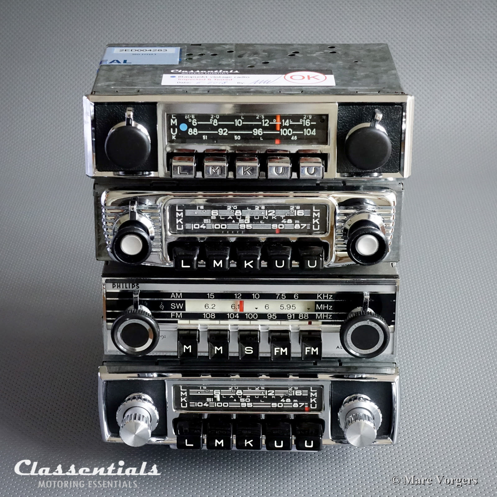 classentials vintage auto radio stock list 50 available. Black Bedroom Furniture Sets. Home Design Ideas