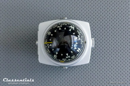 Vintage Original early 1970s Nomad Airguide Auto Compass Model 79C Silver / Grey classentials motoring essentials classic car auto oldtimer accessory accesories led lighted lamp