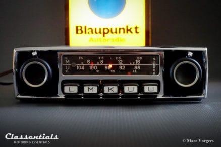 Blaupunkt Frankfurt STEREO 1969 ULTRA RARE Vintage Original TOP-END Classic Car Auto Radio for Alfa Romeo, Aston Martin, BMW, Ferrari, Jaguar, Mercedes, Lancia, Maserati, Mercedes and Others 1964 - 1974 MP3 classic car oldtimer autoradio mp3 classentials motoring essentials accessory accessories