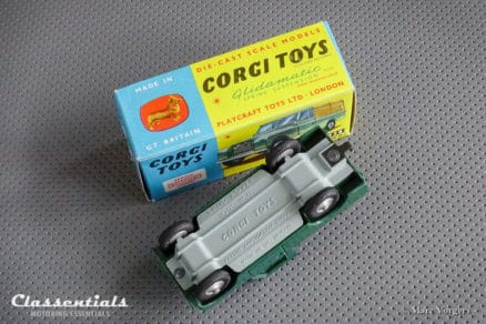 "1960s Corgi Toys Land rover 109"" W.B. 438 - Very Near MINT - collectors item die cast model classentials motoring essentials classic car oldtimer accessory accessories"