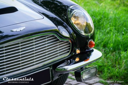 VERY RARE Vintage Original 1960s CIBIÉ 90 Iode Wide-Beam Fog-Lamps fendinebbia antibrouillard nebel mist lampen Aston Martin DB4, DB5, DB6, Jensen FF and Others UNIQUE BRAND NEW SET in Original Boxes NOS classic car oldtimer classentials motoring essentials accessory accessories