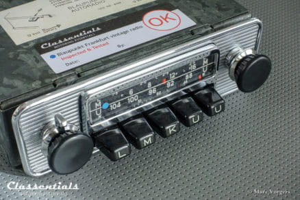 Blaupunkt Frankfurt 1970 Vintage Original High-End Classic Car Auto Radio for Alfa Romeo, BMW, Fiat, Ford, Lancia, Peugeot, Saab , Triumph, Volvo and Others 1965 - 1974 MP3 and Bluetooth Ready Oldtimer Autoradio Classentials
