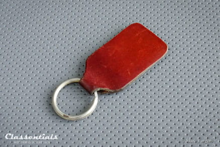ULTRA RARE Vintage Original 1930s Brown Leather NATIONAL BENZOLE MIXTURE Key Ring - VERY GOOD - Collectors Item - Brooklands Racing Interest porte cle cles chiavi sleutelhanger schlusselanhanger, classic racing car classentials motoring essentials