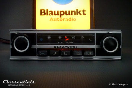 Blaupunkt Wiesbaden Electronic Very-Rare 1970s Vintage Original Top-End Classic Car Auto Radio for Alfa Romeo, BMW, Lancia & Many Others 1968 - 1975 MP3 and Bluetooth Ready classic car oldtimer autoradio classentials motoring essentials accessory accessories