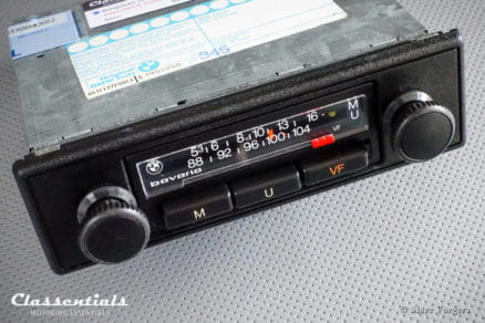 Blaupunkt BMW Bavaria 1980 Vintage Youngtimer Auto Radio BMW 5-series E12, 3-series E21, 6-series E24 Including De Luxe Bluetooth Module classic car oldtimer autoradio classentials motoring essentials accessory accessories