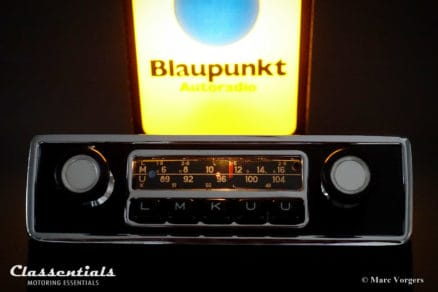 Blaupunkt Frankfurt 1972 Vintage Original High-End Classic Car Auto Radio for BMW 02-Series E10 Sedan / Touring / Ti / Tii / Baur Models 1966 - 1974 with Console Front and Speaker, MP3 and Bluetooth ready classic car oldtimer autoradio classentials motoring essentials accessory accessories Bluespot