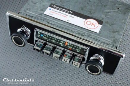 Blaupunkt Karlsruhe 1972 Very Rare 108 Mhz Vintage Original High-End Classic Car Auto Radio Universal for BMW CS, CSL, CSI, 2002, Jaguar E-type S2, and Other Classics 1968 - 1973, INCLUDING Classentials De Luxe Bluetooth Module motoring essentials classic car oldtimer autoradio accessory accessories