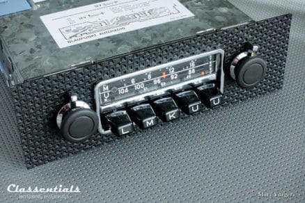 Blaupunkt Frankfurt 1971 Vintage Original Top-End Classic Car Auto Radio for Porsche 911 / 912 F-Series Cars 1968 – 1973 including classentials de luxe stereo bluetooth module classic car oldtimer autoradio motoring essentials accessory accessories basket weave