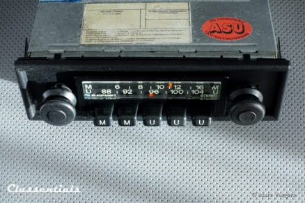 Blaupunkt Münster STEREO 1975 VERY RARE Vintage Classic Car Auto Radio. For all Cars 1970 - 1980, INCLUDING 1-DIN Mount and Classentials De Luxe Bluetooth Module motoring essentials classic car oldtimer accessory accessories autoradio
