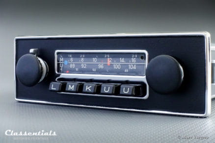 Blaupunkt Frankfurt 1972 Vintage Original High-End Classic Car Auto Radio for Jaguar E-type Series 2, Series 3, MG MGB and Other British Cars 1970 - 1975 oldtimer autoradio classentials
