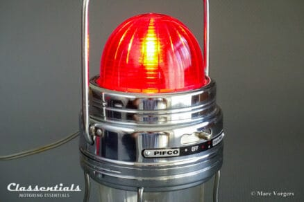 ULTRA RARE 1950s / 1960s PIFCO MOTORLITE Portable Lantern / Flashing Warning Lamp Classic Car Accessory classentials motoring essentials classic car oldtimer accessory accessories