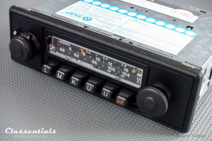 BMW Bavaria Stereo 1978 HIGH-END Vintage Original Classic Car Auto Radio for BMW cars 1978 - 1982. INCLUDING Deluxe Stereo Bluetooth Module