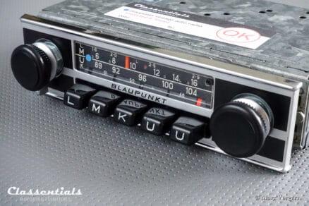 Blaupunkt Frankfurt 1972 Vintage Original High-End Auto Radio for Alfa Romeo GTV 2000, GT 1300 / 1600 'Lusso', Lancia, Peugeot & Others 1970 - 1976