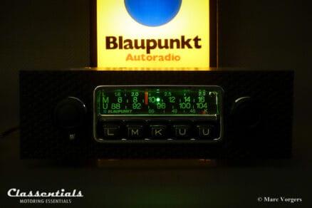 Blaupunkt Frankfurt 1972 Vintage Original High-End Classic Car Auto Radio for Porsche 911 - 912 F-Series Cars 1968 - 1973 Green Lettering