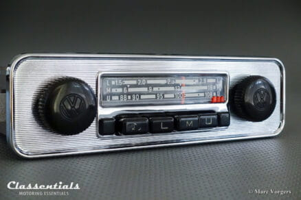 Grundig Emden III E 108 Mhz, 1969 Vintage Original Classic Car Auto Radio for VW BEETLE With Metal Dashboard 1968 – 1973