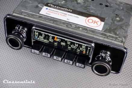 Blaupunkt Frankfurt STEREO 1972 ULTRA RARE Vintage Original High-End Classic Car Auto Radio - Including Matching Papers and Classentials Deluxe Bluetooth Module Autoradio