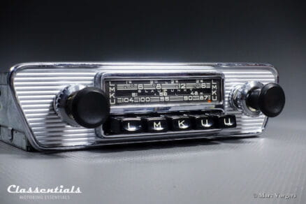 Blaupunkt Frankfurt X 1966 Vintage Original High-End Classic Car Auto Radio for Jaguar E-type (XK-E) Series 1 Cars- Including Classentials DeLuxe Bluetooth module oldtimer autoradio