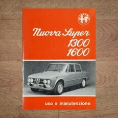 Vintage Original Alfa Romeo Giulia Nuova Super 1300 and 1600, 3/1976 - Italian Language